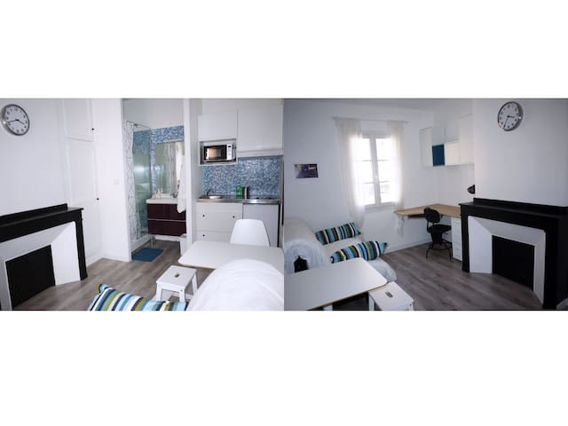 lovely studio toulouse st aubin apartments for rent in toulouse occitanie france. Black Bedroom Furniture Sets. Home Design Ideas
