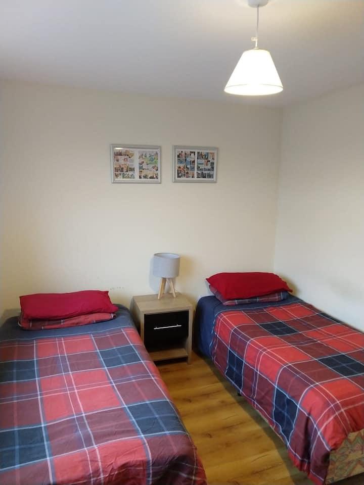 Comfy Cottage 1