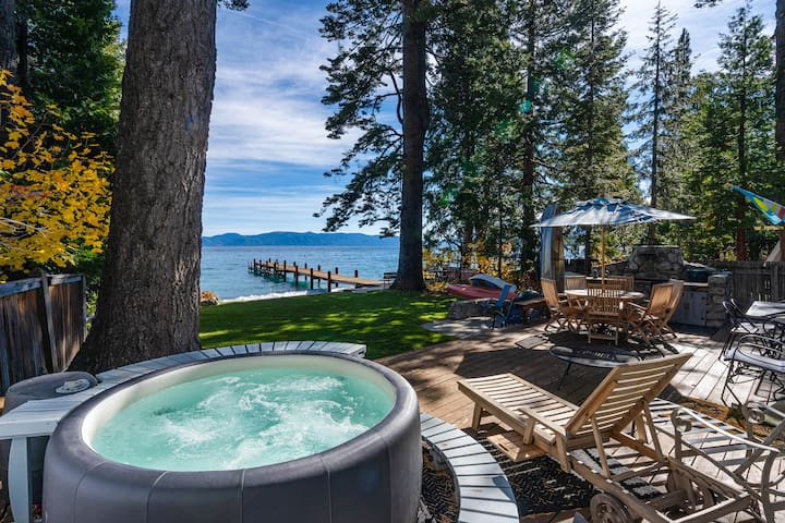 Lakefront Haven w/ Hot Tub - Walk to the Slopes!