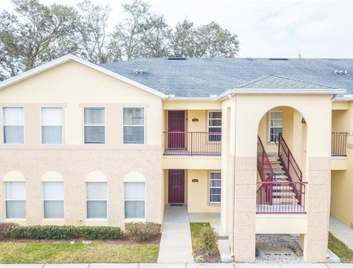 COMFORTABLE PRÍVATE BEDROOM & BATHROOM NEAR DISNEY