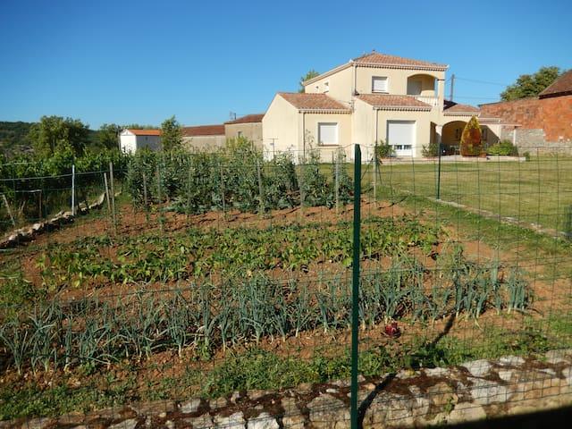 Belles chambres indépendantes dans villa neuve - Cahors - Vila