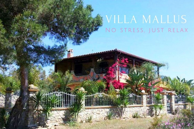 Benvenuti a Villa Mallus