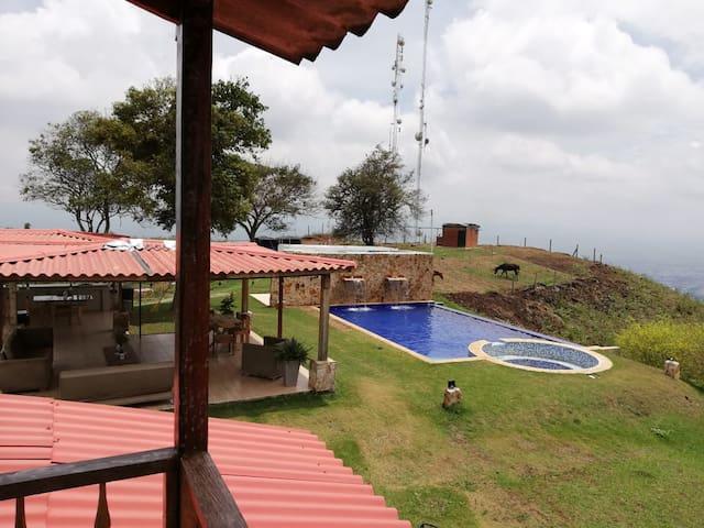 Casa de Campo Altos de Golondrinas