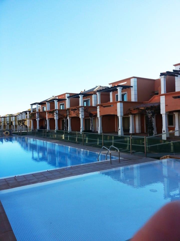 Maison de vacances avec piscine et vue sur mer