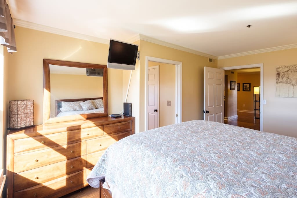 Bedroom- Queen bed with comfy tempurpedic mattress with spacious storage(10 drawers).