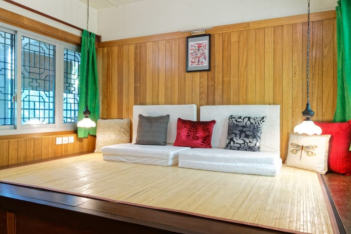 Soundproofed and cozy in Auroville - Bommayapalayam - Bed & Breakfast