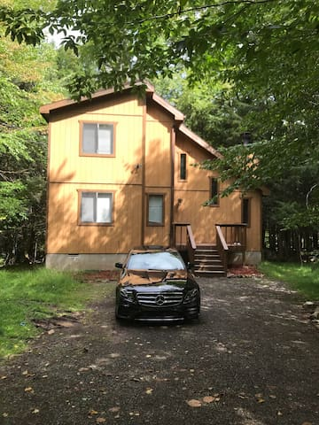Pocono dream home with tons of amenities. 3BR*2BA