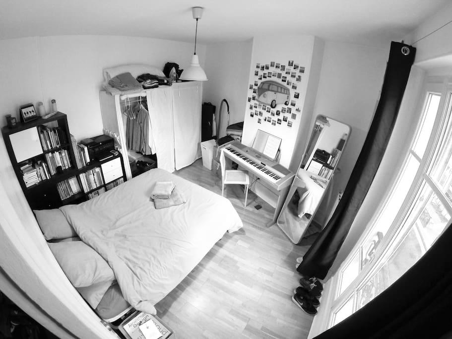 Chambre • Bedroom