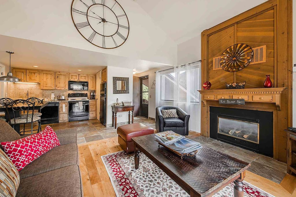 The condo is bright, spacious and fully furnished with a large sofa, a gas burning fireplace, new hardwood flooring, and a HDTV complete with Comcast