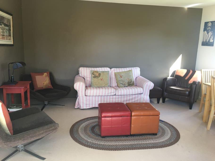 Lounge area .