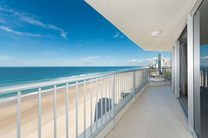 Absolute beachfront - Superior Accommodation