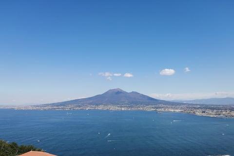Casa vista Vesuvio sulle colline di Castellammare
