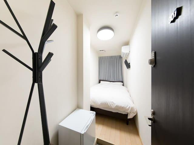 [10secs->Noda Sta.] Economy Double Room+free Wifi