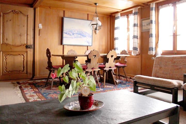 Appartement chaleureux dans un chalet