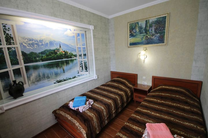Центр Сочи уютная комната 2 чел 300 метров до моря