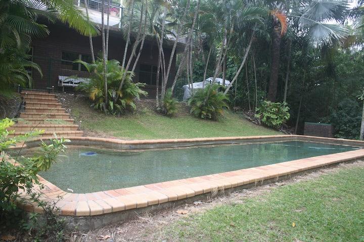 Cairns Trinity Beach Panguna St Retreat