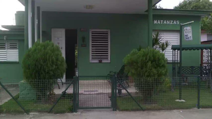 Villa Matanzas ( 2 Private Rooms)
