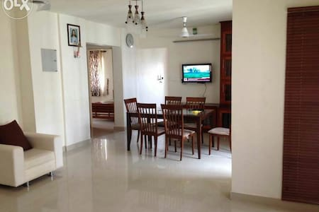 HOME AWAY FROM HOME-LuxuryApartment - Ernakulam - Appartement