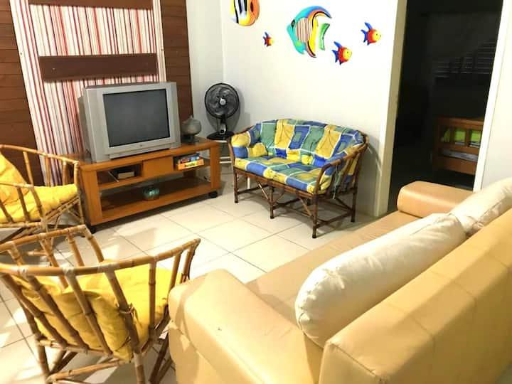Ótimo Apartamento Andar Térreo 50 Metros da Praia