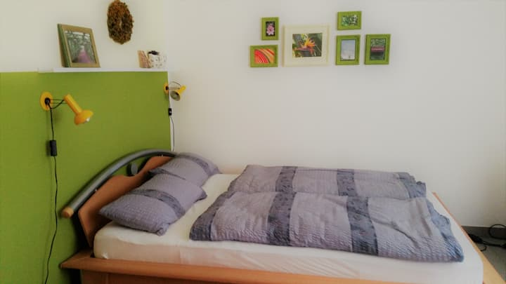 Freundliches und ruhiges Gästezimmer
