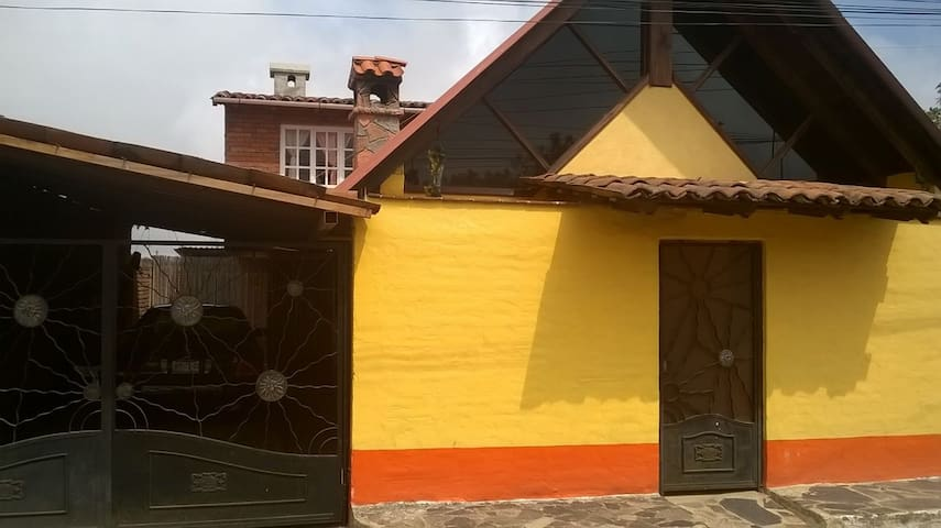 """Cabaña en """"La Herradura"""" Mazamitla"""
