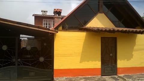 "Cabaña ""Los Fresnos""  2 en Mazamitla (Sanitizada)"