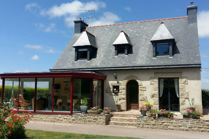 Modern house in Brittany near the Pink Granite Coast
