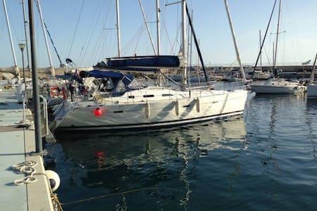 Abitare una barca a vela - Santo Stefano al mare - Vaixell