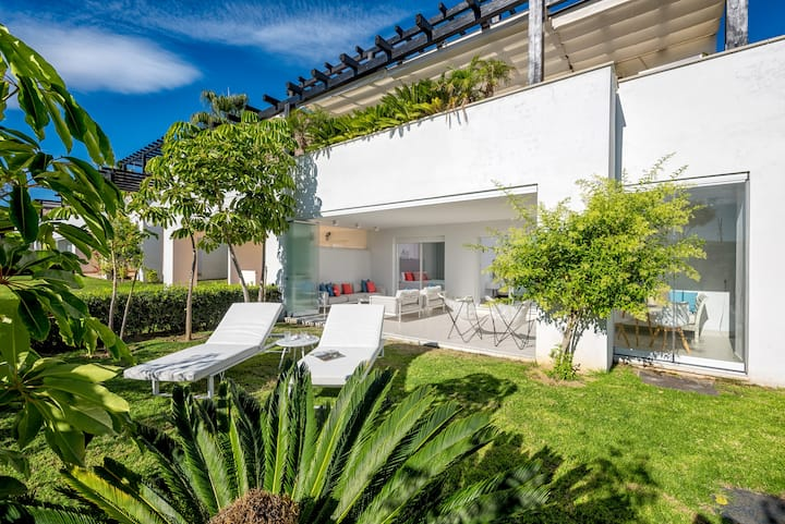 Marbella Luxury Golf near Beach, Los Monteros