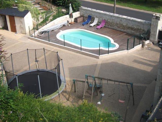 Gîte avec piscine Saumur