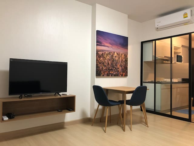 Room for rent close to BTS Taladplu&Shoping Mall