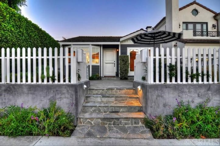 Perfect Front Unit Beach Cottage - Newport Beach - Apartament