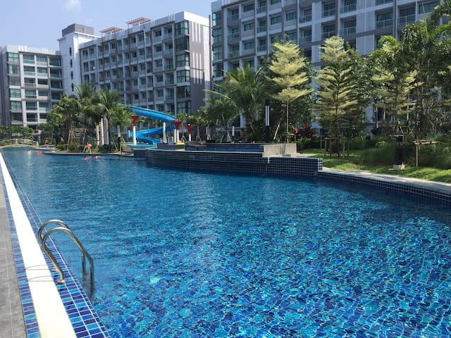 Stylish one bedroom apartment in Dusit Grand Park