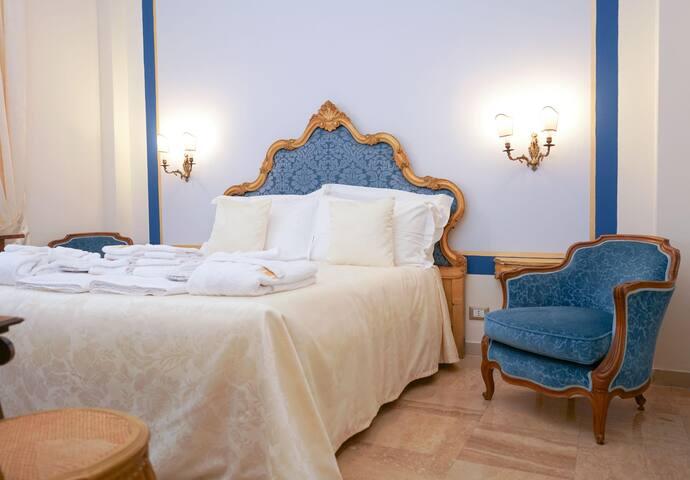 """Guest House Villa Montalto stanza """"Alice"""""""