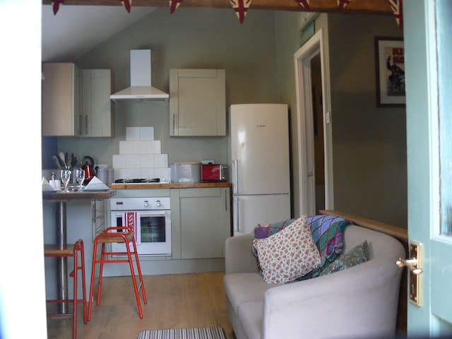 Studio 4, Quirky Self-catering in Ceredigion.
