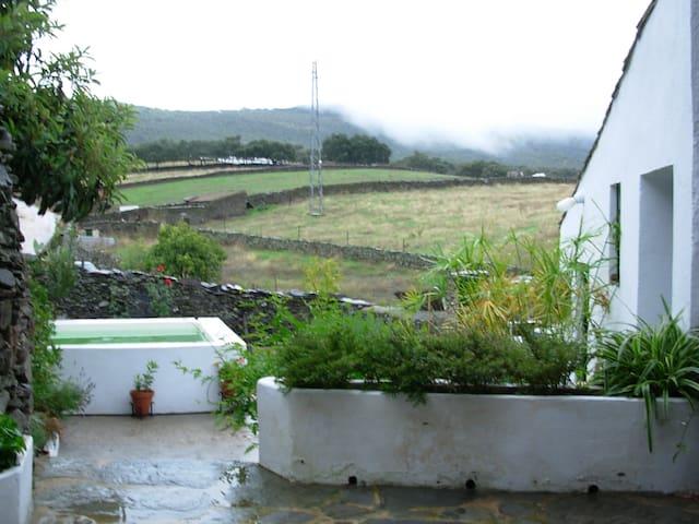 Casa rural Cerro 43 - Arroyomolinos de León - House