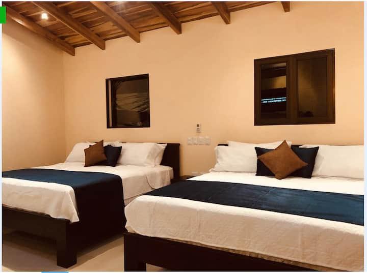Master suite - Millenium Hostels