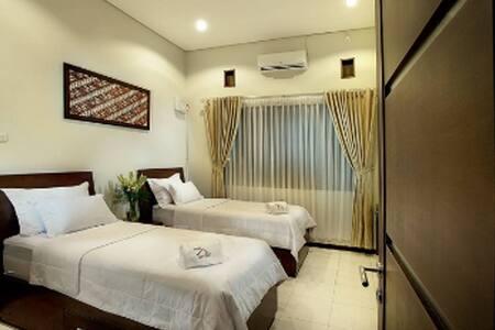Omah Garuda Homestay #2 'Private Room'