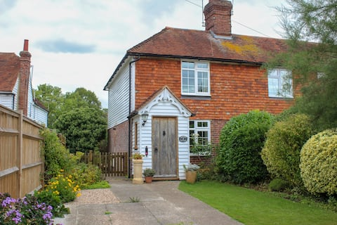 Characterful cottage with woodburner and parking