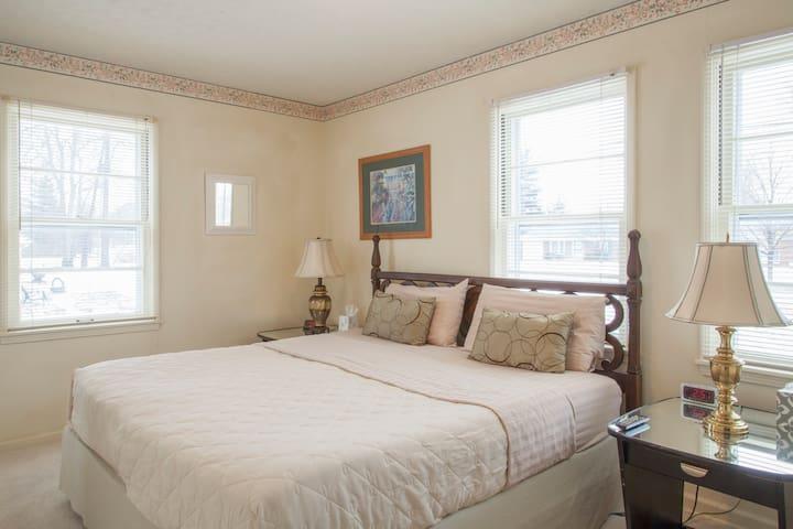 3 Bedroom Columbus Corporate Home - Columbus - Casa