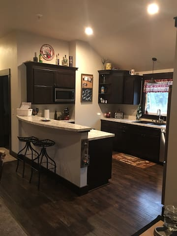 2 Bdrm 20min to Erin Hills US Open - Pewaukee - House