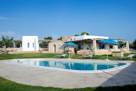 Restored Trullo with Pool - Racale
