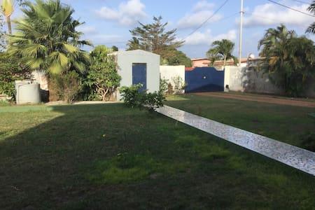 Maison route ondimba