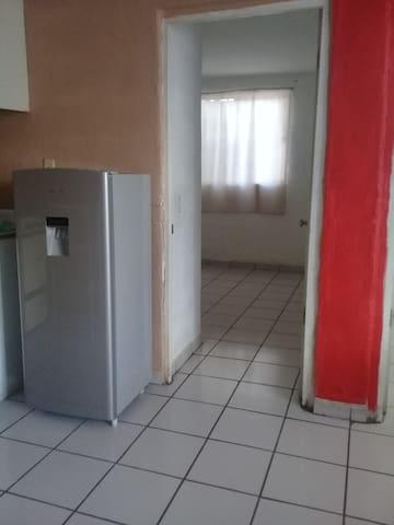 Departamento 2 recámaras 3er  piso ,acondicionado