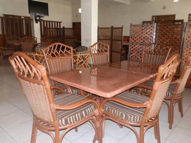 MALEWA GARDENS HOTEL NAIVASHA - Naivasha