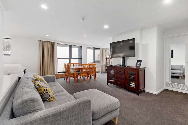 Mt Buller Chalet Apartment 300 - Ski In Ski Out