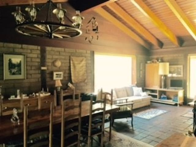 clio california craftsman living room. Graeagle 2018 (with Photos): Top 20 Places To Stay In - Vacation Rentals, Homes Airbnb Graeagle, California, United States Clio California Craftsman Living Room G