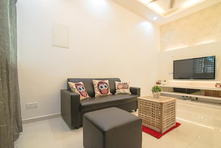 10pax New Reno Landed House_ SPICE, Airport,B.Baru