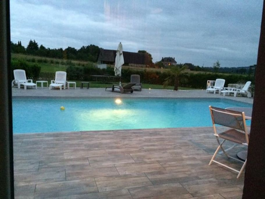 Maison piscine jacuzzi normandie ville in affitto a for Piscine haute normandie