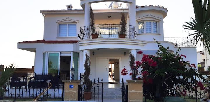 Villa in Long Beach, N.Cyprus,  Sea, Beach, Pool